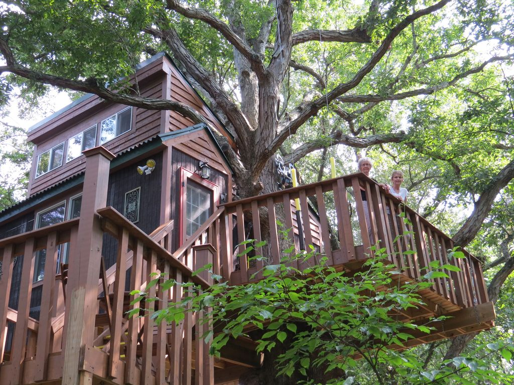 Rent A Treehouse By Garden Of The Gods In Shawnee National Forest