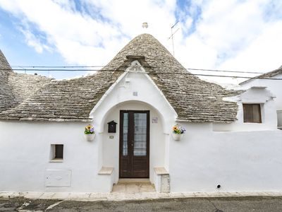 Photo for The Trulli of Zia Dora, house with private garden.