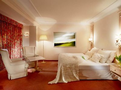 Photo for Double room with shower or bath Bathroom, toilet, balcony - Salzburgerhof, spa golf & Genießerhotel