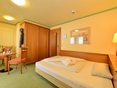 Photo for Single room with shower, WC, GRAND LIT - IFA Alpenhof Wildental