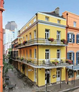 Photo for Exquisitely Appointed, Spacious Townhouse On Quiet Block Centrally Located