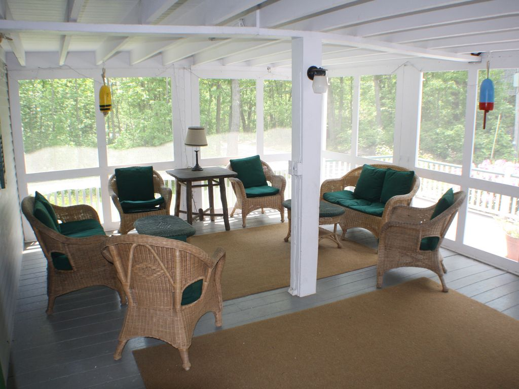 Front screened porchLarge house  large yard  walk to beach    HomeAway Kennebunkport. Porch Dining Room Kennebunkport. Home Design Ideas