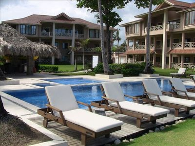relaxing, beautiful POOL!  Shallow kids pool area is adjacent to main pool