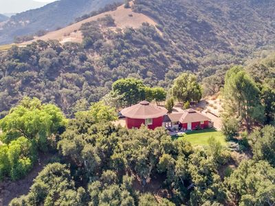 Photo for Hilltop 5BR Wine Country Retreat with Magnificent Views
