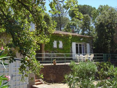 Photo for House with garden in Gassin (3 km from Saint-Tropez)