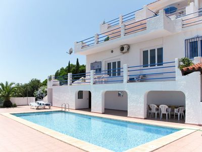 Photo for Nice apartment for 14 guests with pool, WIFI, A/C, TV and parking