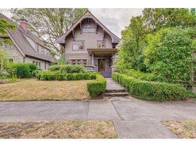 Central Portland- Hawthorne/Ladd's Home