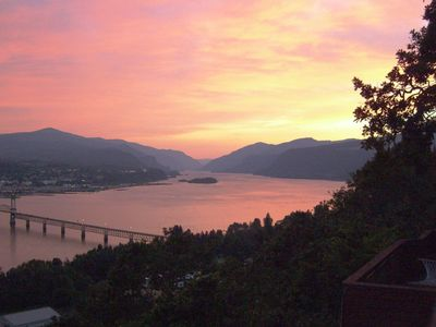 Photo for Traditional Cliff House with Grand Columbia River Views, TV & WiFi