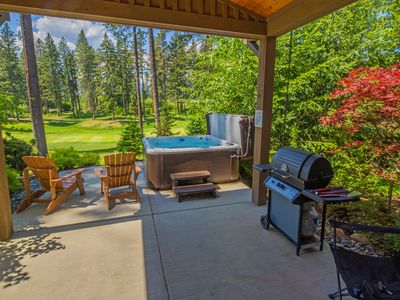Photo for Walk to the Winery! On the Suncadia Golf Course with a Private Hot Tub