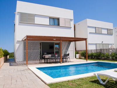 Photo for Villa with 4 bedrooms, 3 bathrooms , A/C and near the beach