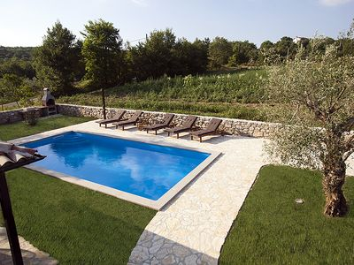 Photo for Traditional Istrian stone house with large pool