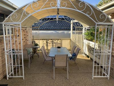 out door courtyard to relax  and enjoy a cuppa or wine