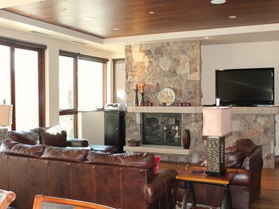 Photo for Steps from chairlift - 4 BR Platinum Condo with lift-side concierge services!