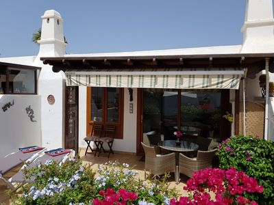 Photo for Cosy refurbished Bungalow on the Casas del Sol complex in Playa Blanca.