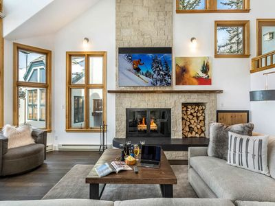 Photo for Mountain Modern Haymeadow Townhouse just steps from the slopes, & hot tub