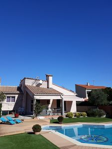 Photo for Beautiful property of 130 m2 with swimming pool in Catalan country. Between sea and mountain.