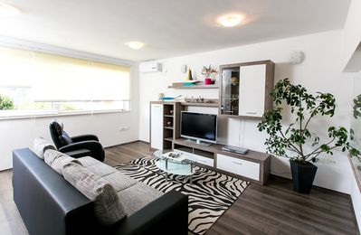 Photo for Apartment in Kupari with Air conditioning, Parking, Balcony (309701)