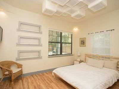 Photo for Minutes to Downtown! Cozy 3B2B Home | Free Parking, In-Unit Laundry, Backyard