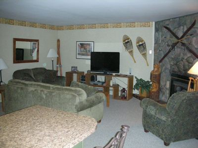 Beautiful 2BR/2BA Park Place Condo - Best Location - Look Now