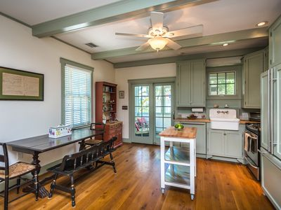 Photo for 3BR Cottage Vacation Rental in St Petersburg, Florida
