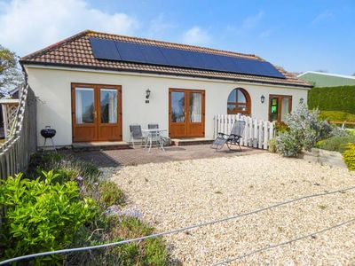 Photo for 3 THE STABLES, with a garden in Ryde, Ref 12935