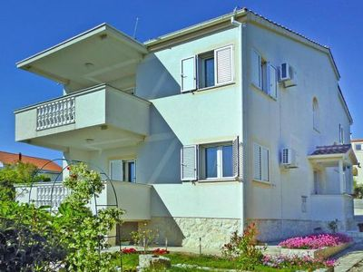 Photo for Apartments Laura, Petrcane  in Zadar - 4 persons, 2 bedrooms