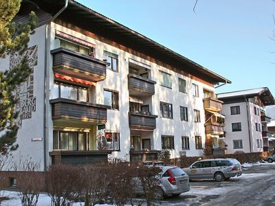 Photo for Apartment 1.3 km from the center of Zell am See with Internet, Parking, Garden, Balcony (31217)