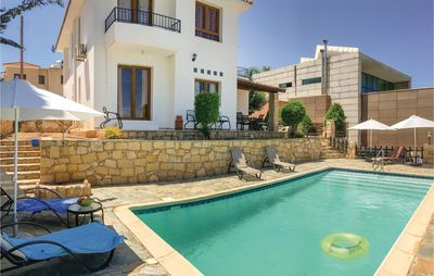 Photo for 4 bedroom accommodation in Tala-Paphos