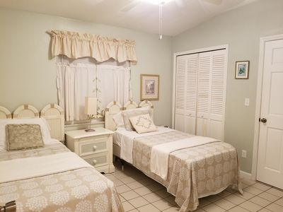 Photo for Orlando group cottage sleeps 12 guests ....Room with King size Bed