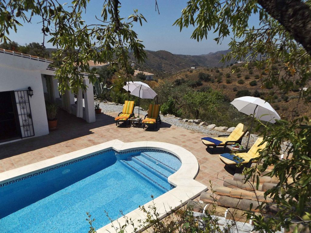 Casa almendros traditional andalucian style country house - Casa country style ...