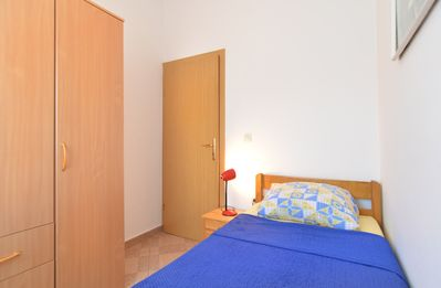 Photo for Apartment for 5 persons + 1 extra bed and 3 bedrooms (ID 1002)