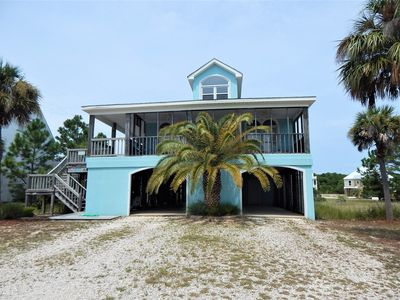Pet-friendly, gated community home with beach, pool, and tennis court access