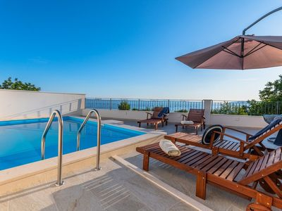 Photo for ctma303 - Villa with private pool, jacuzzi, sauna for 5 adults + 1 child