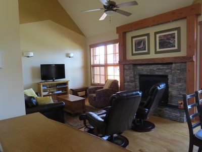 Living room, flat screen TV with satellite service