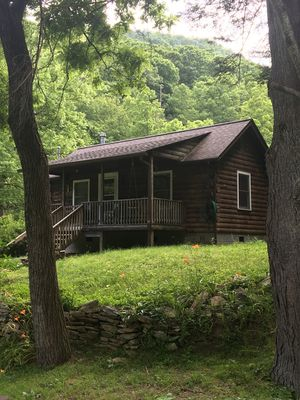 Photo for Secluded mountain cabin in NC