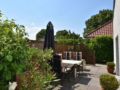 Photo for Plush Apartment with Garden in Bastorf