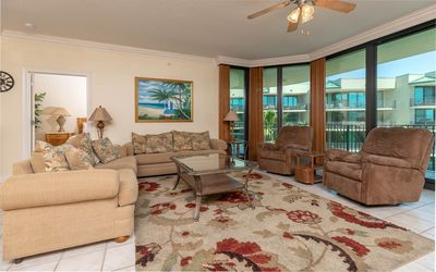 Photo for Phoenix 2 Bedroom On The Bay! Boat Slip Rentals Available!