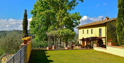 Photo for Villa Flaurentina- 9bd countryside villa with pool and gazebo