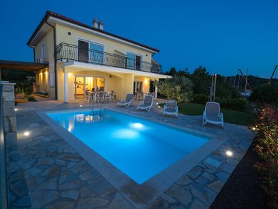 Photo for Seafront Villa Claudia with a panoramic Seaview and a swimming pool ****