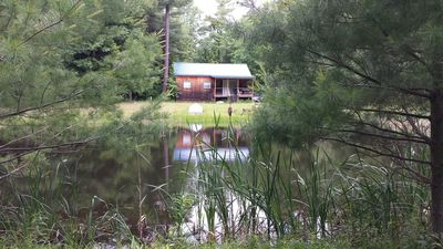 Photo for Secluded Cabin On 20 Acres & 2 Ponds Close To Wineries & Waterfalls.