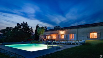 Luxury villa with stunning panoramic views, infinity pool, pool table & 52 acres