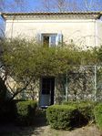 Beautiful house and garden within walking distance to Uzes
