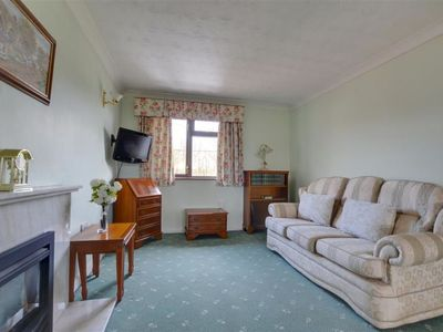Photo for Vacation home Lewinty in Brighton - 2 persons, 1 bedrooms