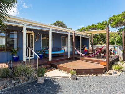Photo for Cute House Offers Excellent Beach + GP Circuit Location - 2 bedroom - 4 guests