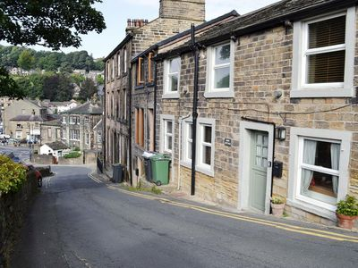 Photo for 2 bedroom property in Holmfirth.