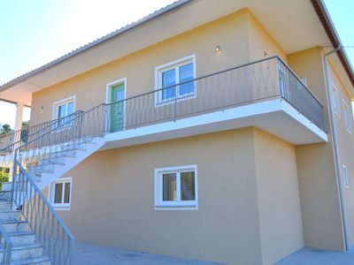 Photo for House w / 4 bedrooms and pool, inserted in Private Property (Low Cost stay)