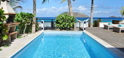 Villa Raisiniers -  Beach Front - Located in  Magnificent Flamands with Private Pool