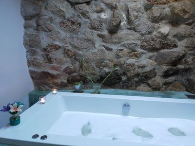 Photo for House in Peguerinos with lots of charm: jacuzzi, fireplace and garden.