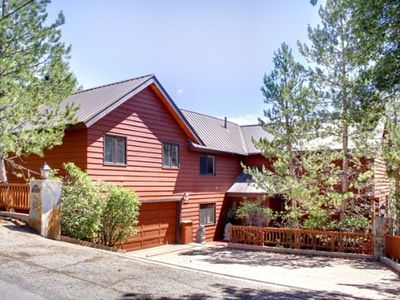 Photo for Luxury Big Bear Lake Cabin, Jacuzzi, Sauna, Views!