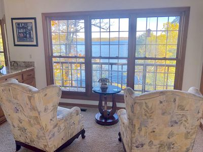 Photo for Lake Front Luxury - Spacious with Spectacular Views! Level open path to lake